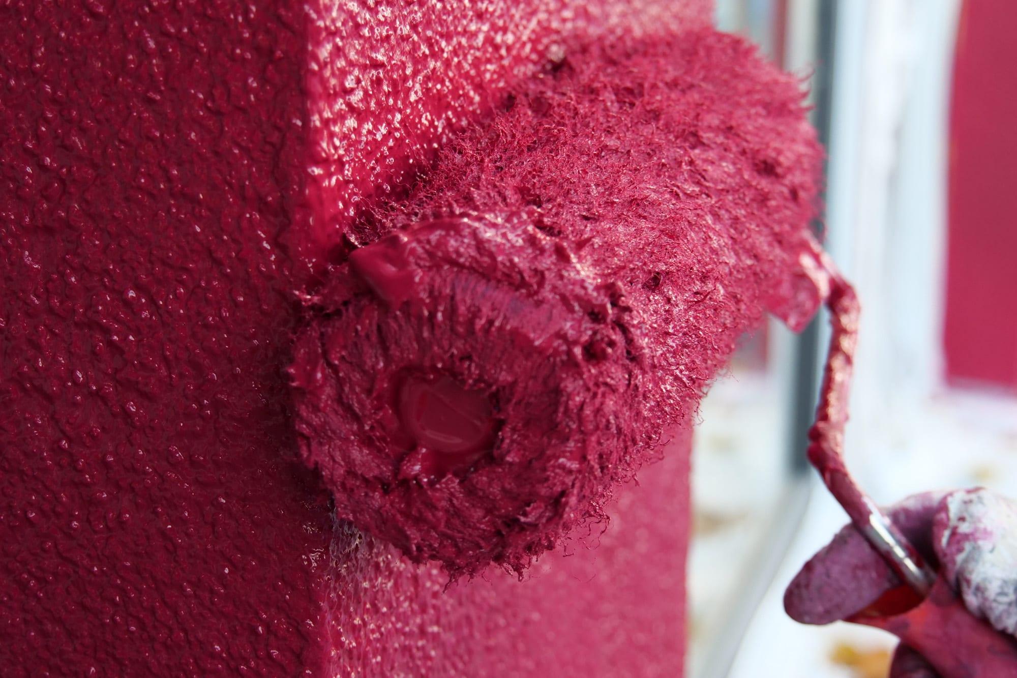 Rubinrot Kleve Fassade